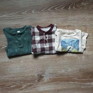 2 long sleeved onesies 1 long sleeved tee